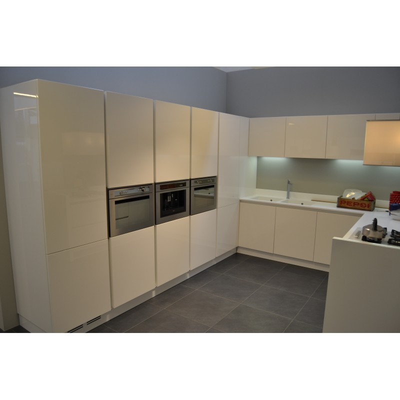 Cocinas en Cáceres (diseños Decobin) - Modelo de Fabricante ARREDO3